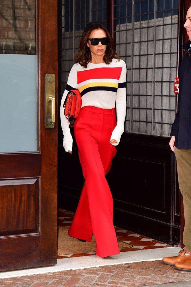 Виктория Бекхэм в красном