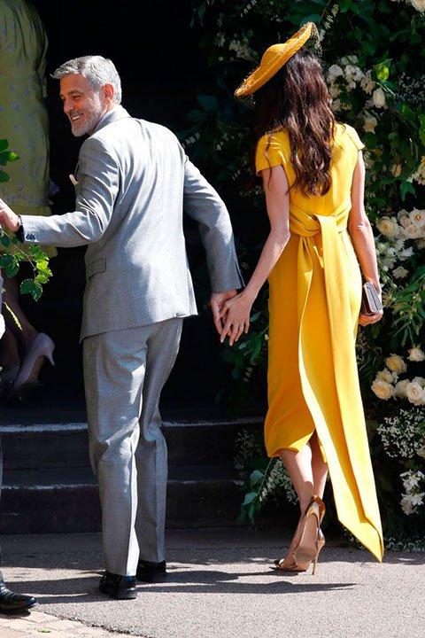 Амаль Клуни жёлтое платье